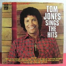 Discos de vinilo: TOM JONES ( SINGS THE HITS ) 1972 LP33. Lote 2551758