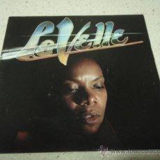 Discos de vinilo: LA VELLE ( RASTAFARIS - TAKE A LOOK IN THE MIRROR AND SEE ) FRANCE-1981 SINGLE45 BLUE SILVER. Lote 10422767