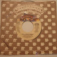 Discos de vinilo: RITCHIE FAMILY ( IT'S A MAN'S WORLD - PUT YOUR FEET TO THE BEAT ) USA-1979 SINGLE45 CASABLANCA . Lote 10544733