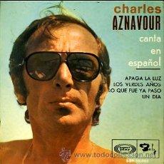Discos de vinilo: CHARLES AZNAVOUR CANTA EN ESPAÑOL. Lote 24941188