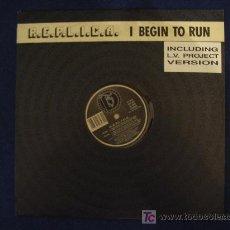 Discos de vinilo: REPLICA - I BEGIN TO RUN (4 VERSIONES) / GIVE IT TO ME - MAXISINGLE 1992 - ITALY. Lote 12395648