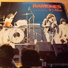 Discos de vinilo: RAMONES ( IT'S ALIVE ) DOBLE LP ALEMANIA. Lote 20400035