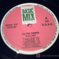 Discos de vinilo: DAVID TWINS /FALLING MAXI 33RPM /BASIC MIX/SIN CARTULA PEPETO. Lote 14729417