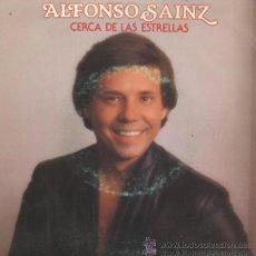 Discos de vinilo: ALFONSO SAINZ - (PEKENIKES) CERCA DE LAS ESTRELLAS / PENSANDO EN TÍ MUJER. Lote 19744005