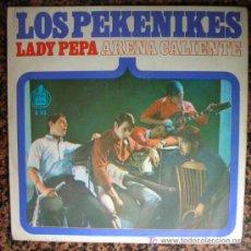 Discos de vinilo: SINGLE 1966 LOS PEKENIKES / ARENA CALIENTE / LADY PEPA . Lote 19821142