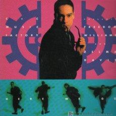 Discos de vinilo: C & C MUSIC FACTORY - HERE WE GO - MAXISINGLE 1990 COMO NUEVO. Lote 23260577