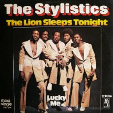 Discos de vinilo: THE STYLISTCS / THE LION SLEEPS TONIGHT . Lote 20673690