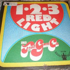 Discos de vinilo: 1910 FRUITGUM CO-1,2,3 RED LIGHT-BUBBLEGUM MUSIC-MADE IN SPAIN IN 1968.. Lote 22331856