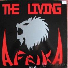 Discos de vinilo: MAXI - THE LIVING AFRIKA - BLACK STAR / SHINING DARKNESS - PREYSON RECORDS 1987. Lote 22513545