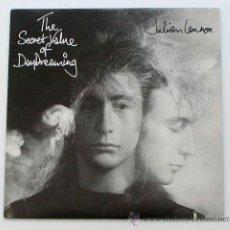 Discos de vinilo: JULIAN LENNON ··· THE SECRET VALUE OF DAYDREAMING · (LP 33 RPM). Lote 22838287