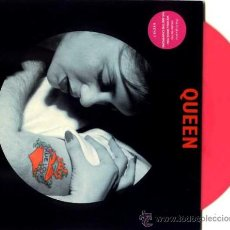 Discos de vinilo: QUEEN ··· TOO MUCH LOVE WILL KILL YOU / WE WILL ROCK YOU / LIFE IS REAL - (EP 45 RPM) ·· VINILO ROSA. Lote 23887069