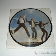 Discos de vinilo: GENESIS / 3 X 3 - PAPERLATE - YOU MIGHT RECALL - ME AND VIRGIL -EP 3 TEMAS PICTURE DISC ENGLAND 1982. Lote 27406770