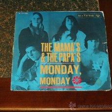 Discos de vinilo: MAMAS & THE PAPAS SINGLE MONDAY,MONDAY/CALIFORNIA DREAMIN'. Lote 24615715