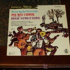 Discos de vinilo: PEE WEE ERWIN AND THE STRUTTERS EP PASEANDO CON EL REY+3. Lote 24616371
