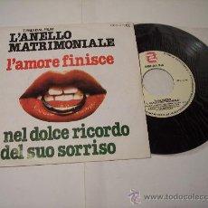 Discos de vinilo: SINGLE TEMA DAL FILM L'ANELLO MATRIMONIALE -ZAFIRO-1979. Lote 25657876