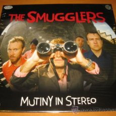 Discos de vinilo: THE SMUGGLERS - MUTINY IN STEREO - LP - SCREAMING 2004 GERMANY - PUNK ROCK - MINT SEALED. Lote 27018170