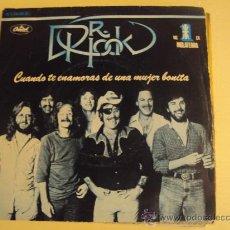 Discos de vinilo: DISCO VINILO SINGLE CUANDO TE ENAMORAS DE UNA MUJER BONITA - DR.HOOK -. Lote 27283890