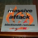 Discos de vinilo: MASSIVE ATTACK MAXI EP BLACKSMITH REMIXES. Lote 27945306