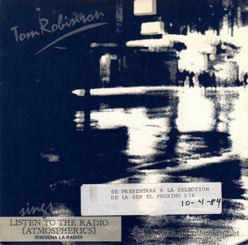TOM ROBINSON - LISTEN TO THE RADIO (ATMOSPHERICS) / (DON'T DO ME) ANY FAVOURS / OUT (EP 7') - NUEVO (Música - Discos de Vinilo - EPs - Pop - Rock - New Wave Extranjero de los 80)