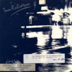 Discos de vinilo: TOM ROBINSON - LISTEN TO THE RADIO (ATMOSPHERICS) / (DON'T DO ME) ANY FAVOURS / OUT (EP 7') - NUEVO. Lote 29169377