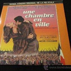 Discos de vinilo: LP NUEVO DE VINILO DOBLE DE BANDA SONORA ORIGINAL DE LA PELICULA UNE CHAMBRE EN VILLE. Lote 29352155