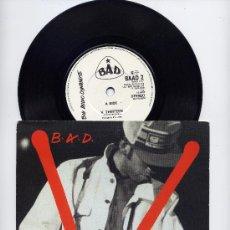 Discos de vinilo: B.A.D. BAD. JOE STRUMMER. SINGLE 45. V THIRTEEN+ HOLLYWOOD BOULEVARD. ED. INGLESA. AÑO 1986. Lote 29583996