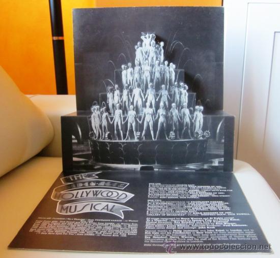 Discos de vinilo: THE GOLDEN AGE OF THE HOLLYWOOD MUSICAL - Editado en USA - Portada doble con desplegable interior - Foto 2 - 29961782
