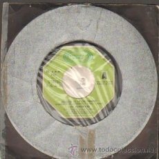 Discos de vinilo: LOS PEKENIKES LA MARCHA DE LOS SALTAMONTES - CADENA DE ROSAS RF-5359. Lote 29993129