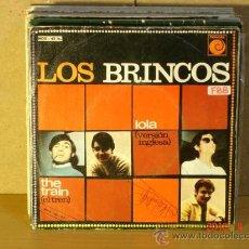 Discos de vinilo: LOS BRINCOS - LOLA (VERSION INGLESA) / THE TRAIN (EL TREN) - NOVOLA NOX-43 IN. - 1967. Lote 31162577