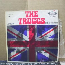 Discos de vinilo: THE TROGGS - EASY LOVING / GIVE ME SOMETHING - EDICION ESPAÑOLA - MOVIEPLAY 1970. Lote 31355019