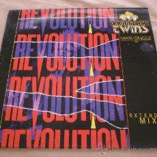 Discos de vinilo: THOMPSON TWINS, REVOLUTION - MAXI SINGLE - 45 RPM.. Lote 31636993