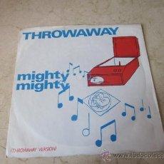 Discos de vinilo: THE CLOUDS /MIGHTY MIGHTY - SHA LA LA FLEXI. Lote 31716848