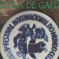 Discos de vinilo: DOBLE LP TERCER FESTIVAL INTERNACIONAL DO MUNDO CELTA / ESCOLA DE GAITAS . Lote 32277898