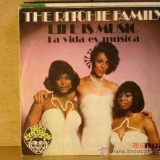 Discos de vinilo: THE RITCHIE FAMILY - LIFE IS MUSIC / LADY LUCK - RCA-VICTOR SPBO-7088 - 1977 - PROMOCIONAL. Lote 32444258