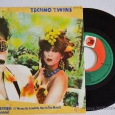 Discos de vinilo: TECHNO TWINS SWING TOGETHER (ZAFIRO SINGLE 1982) ESPAÑA. Lote 33217770