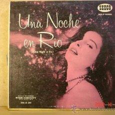 Discos de vinilo: VARIOS INTERPRETES - UNA NOCHE EN RIO - SEECO SCLP 9058 - EDICION USA - 1955. Lote 33532622