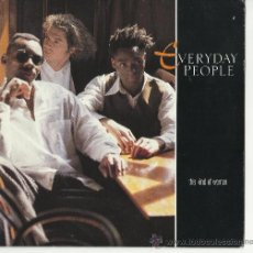Discos de vinilo: SINGLE EVERYDAY PEOPLE THIS KIND OF WOMAN .SINGLE. Lote 33564845