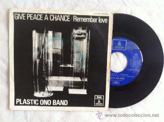 "7"" PLASTIC ONO BAND-GIVE PEACE A CHANCE/REMEMBER LOVE (Música - Discos - LP Vinilo - Pop - Rock - Extranjero de los 70)"
