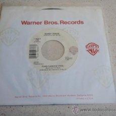 Discos de vinilo: RANDY TRAVIS ( HE WALKED ON WATER - CARD CARRYIN' FOOL ) USA-1989 SINGLE45 WARNER BROS RECORDS. Lote 33785705