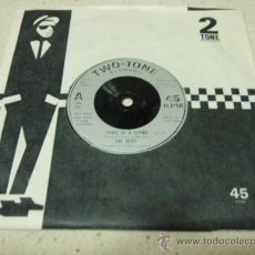 Discos de vinilo: THE BEAT ( TEARS OF A CLOWN - RANKING FLL STOP ) ENGLAND - 1979 SINGLE45 TWO-TONE RECORDS. Lote 177693240