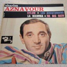 Discos de vinilo: CHARLES AZNAVOUR ( SYLVIE - LES AVENTURIERS - LA MAMMA - NE DIS RIEN ) FRANCE EP45 BARCLAY. Lote 34016058