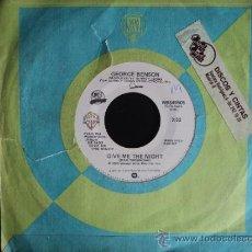 Discos de vinilo: SINGLE 45 RPM GEORGE BENSON. GIVE ME THE NIGHT / DINORAH, DINORAH. WB RECORDS. 1980. Lote 34355585
