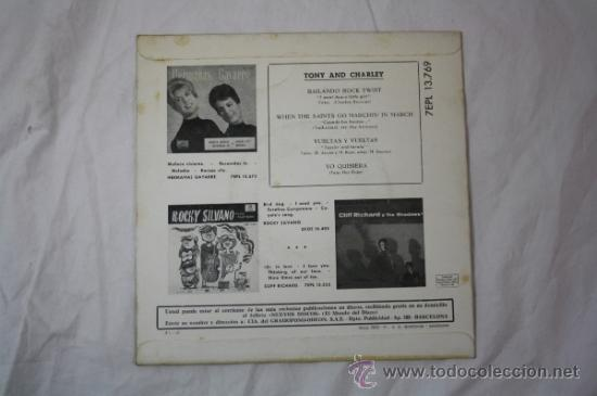 Discos de vinilo: Single Tony and Charley - Bailando Rock Twist - Editado La Voz de Su Amo 45 RPM - Foto 3 - 34361000