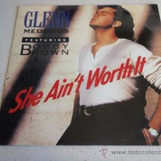 Discos de vinilo: GLENN MEDEIROS FEATURING BOBBY BROWN ( SHE AIN'T WORTH IT ) 12' REMIX + CLUB 7' ( VICTIM OF LOVE). Lote 34610591
