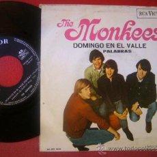 Discos de vinilo: SINGLE THE MONKEES DOMINGO EN EL VALLE PALABRAS RCA VICTOR 1967 MBE. Lote 35044092