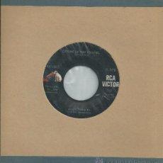 Discos de vinilo: ELVIS PRESLEY-SINGLE CRYING IN THE CHAPEL-1960-USA. Lote 35720662