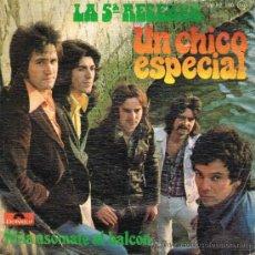 Disques de vinyle: LA 5ª RESERVA - UN CHICO ESPECIAL / NIÑA ASÓMATE AL BALCÓN - SINGLE 1975. Lote 35834632