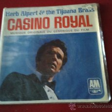 Discos de vinilo: SINGLE 45 RPM HERB ALPERT AND THE TIJUANA BRASS CASINO ROYALE TEMA PRINCIPAL BANDA SONORA FILM. Lote 35886889