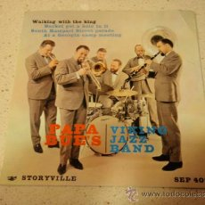Discos de vinilo: PAPA BUE'S VIKING JAZZ BAND ( WALKING WITH THE KING ) GERMANY 1961 EP BLUE STORYVILLE. Lote 36621761