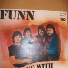 Discos de vinilo: EP FUNN – LIVING WITH THE SUN – SPANISH PRESS. Lote 37255862